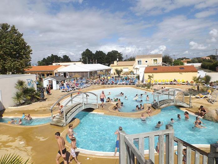 Les avis parlent beaucoup de l'espace aquatique de ce camping en Vendée