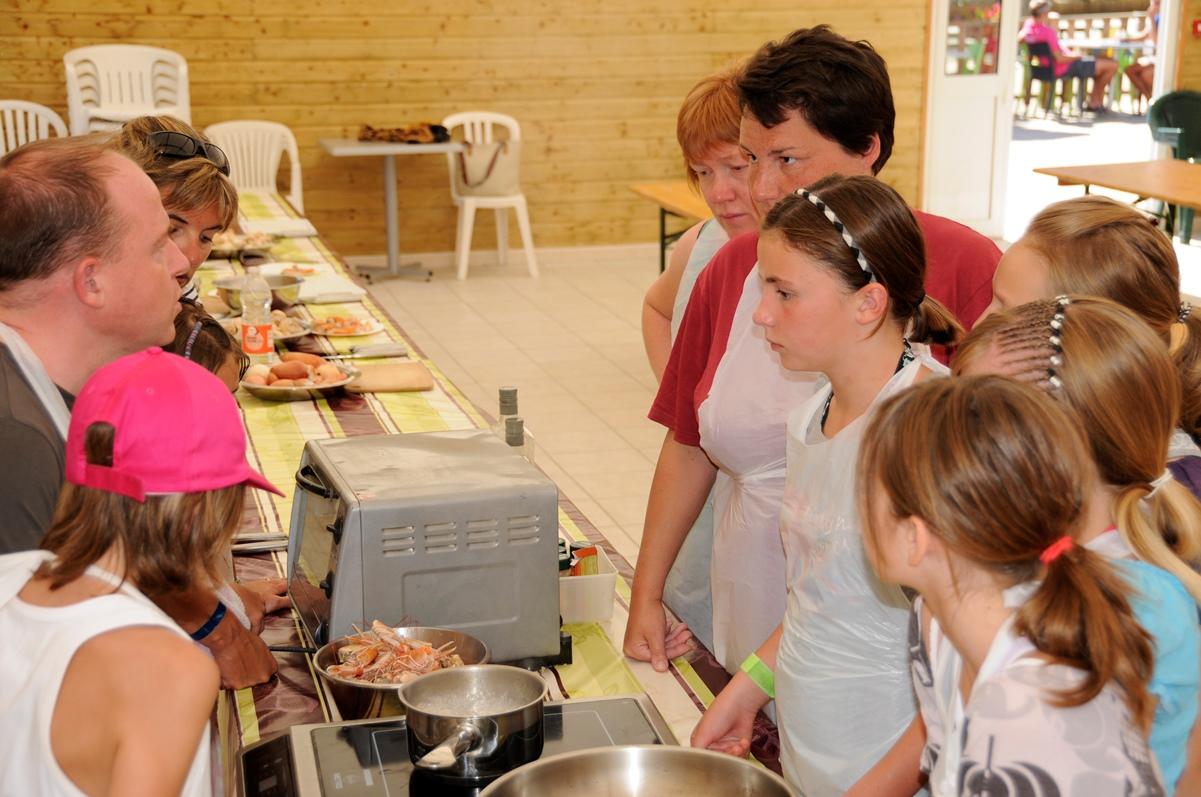 atelier-cuisine-recette-langoustine-camping-domaine-oree-vendee-1