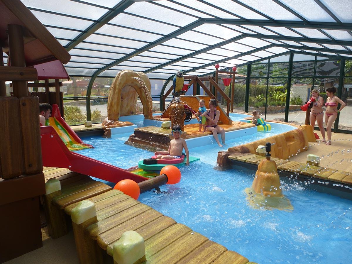 Camping avec pataugeoire ludique les sables d 39 olonne - Camping jullouville avec piscine ...