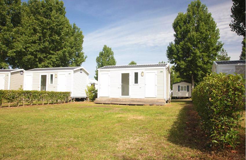 les emplacements de camping avec sanitaires privés