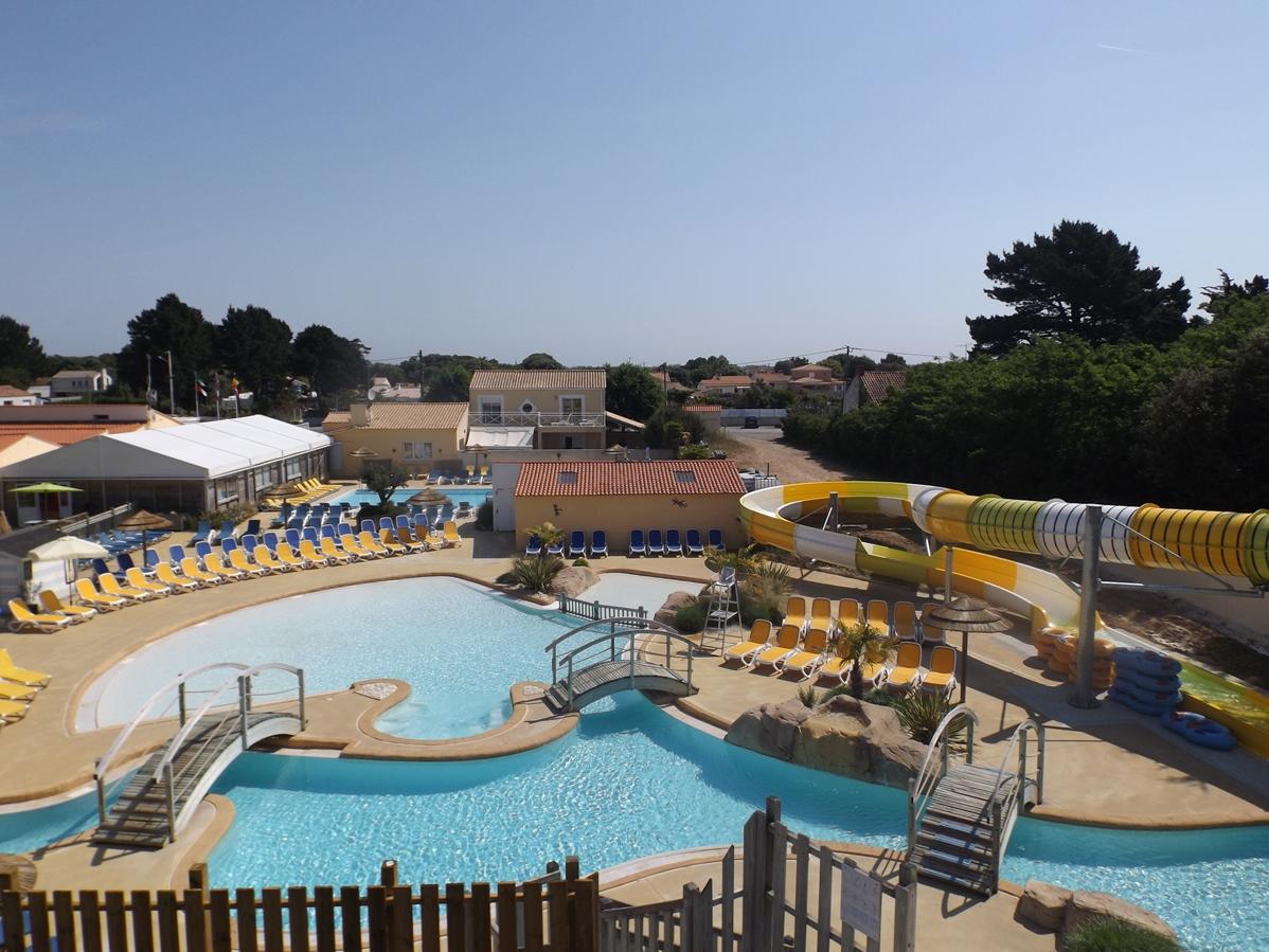 Lagon piscine extérieure domaine de l'Orée Sables d'Olonne