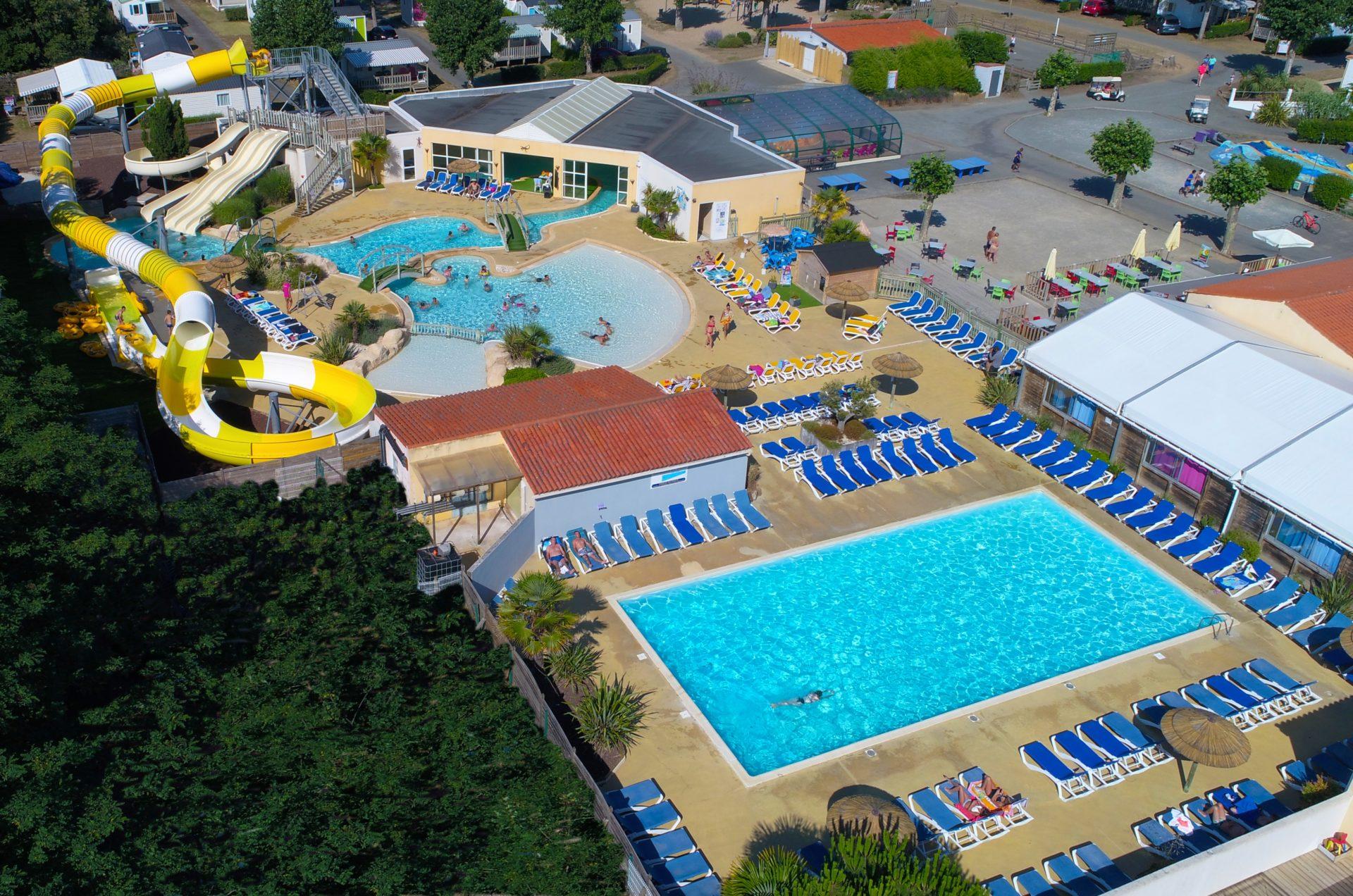 Un parc aquatique de plus de 3 800 m² Camping Domaine de l'Orée Sables d'Olonne