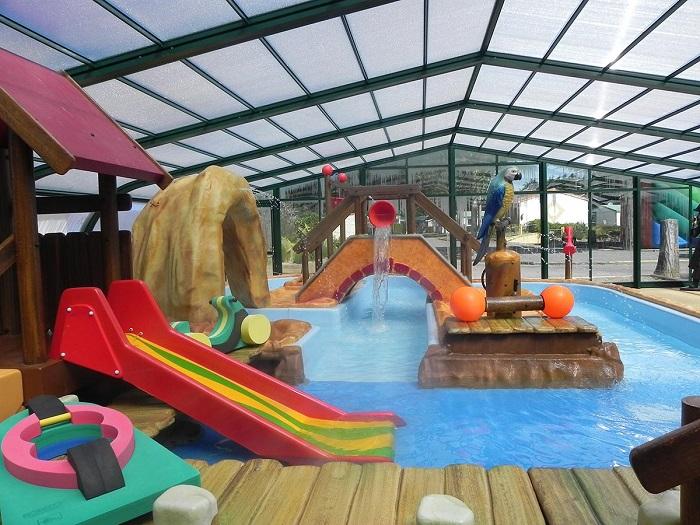 camping avec espace aquatique et piscine chauffée en Vendée