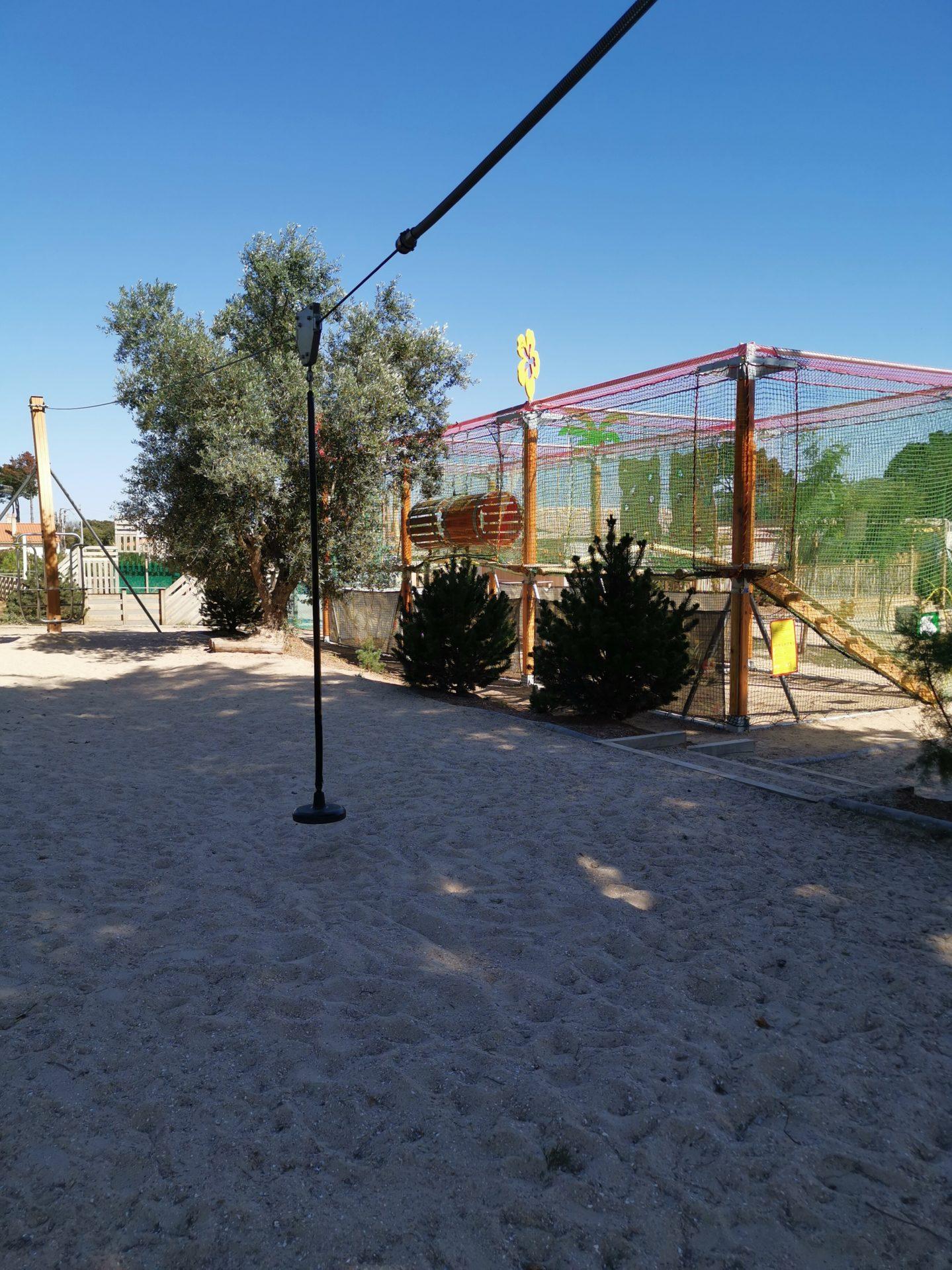 camping Domaine de l'Orée tyrolienne camping les sables d'olonne