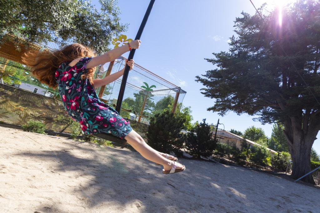 tyrolienne au camping paradis pour les enfants