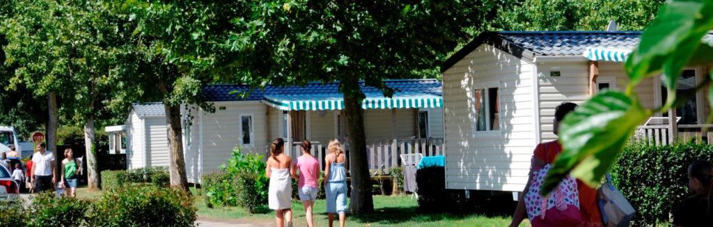 camping proposant la location de mobil home